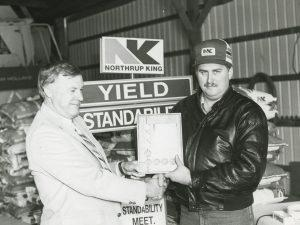 1986 - Award from Wally Wiskow | Roed Seed Sales